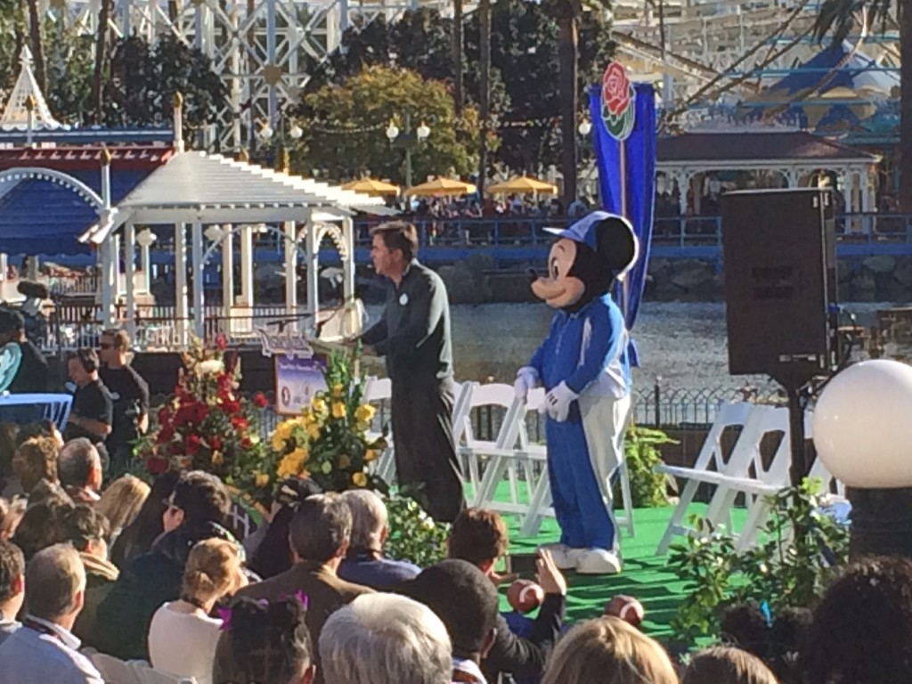 Disneyland Resort Welcomes 2015 Rose Bowl Teams
