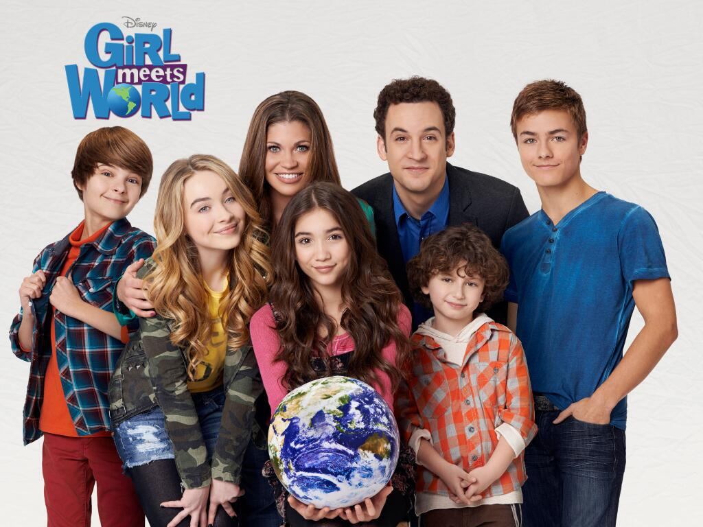 Interview With Girl Meets World's Danielle Fishel