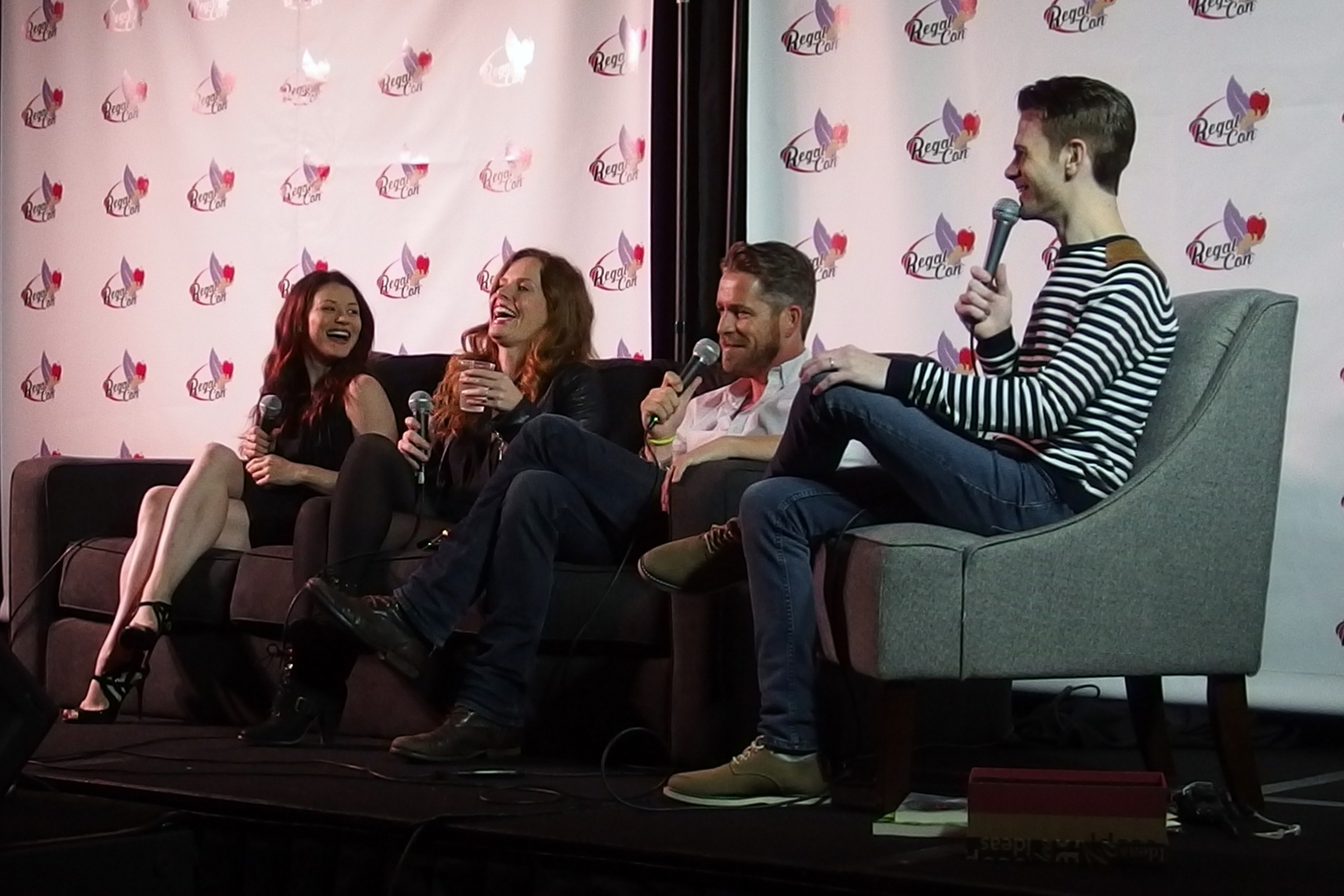 A light-hearted panel with Emilie de Ravin, Rebecca Mader and Sean Maguire