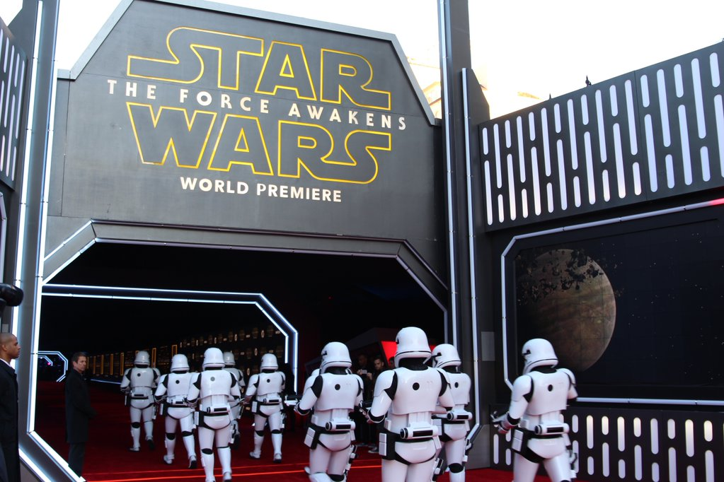 Star Wars: The Force Awakens Premiere Live Blog