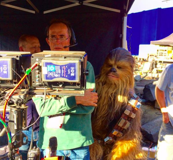 The Force Awakens' Director of Photography Shares Behind the Scenes Photos From the Set