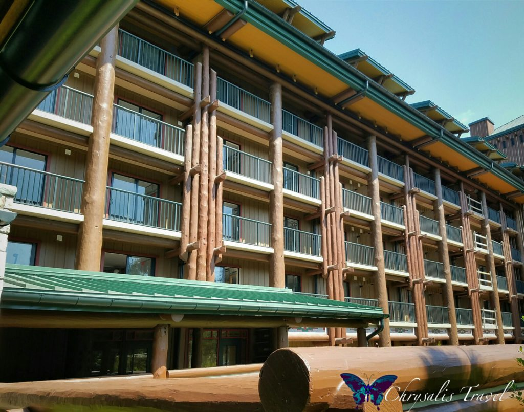 wilderness-lodge-east-wing-construction