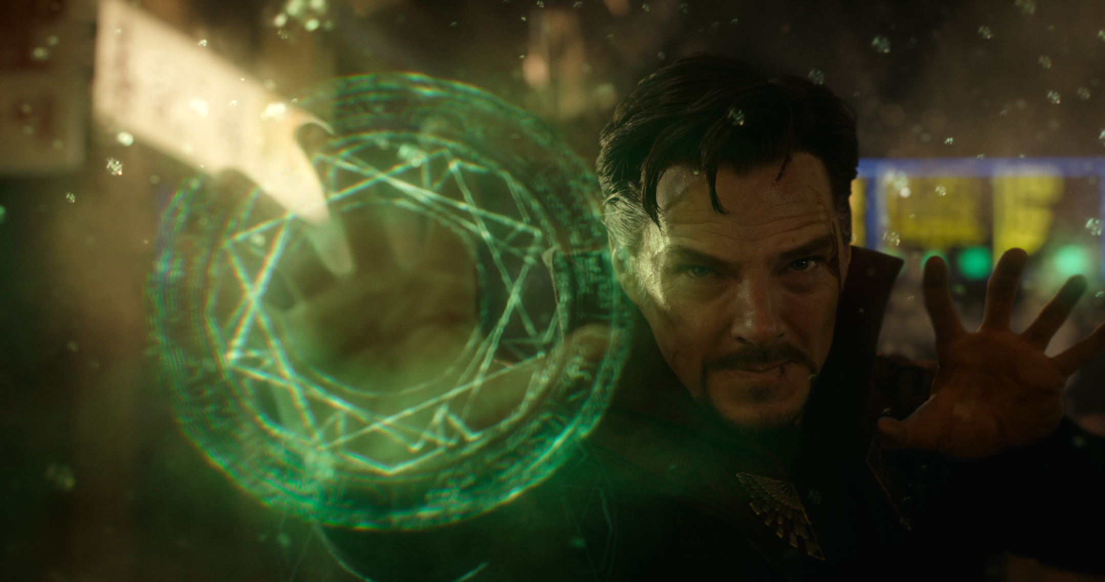 """Review: """"Doctor Strange"""" Dazzles with Strong Standalone MCU Outing"""
