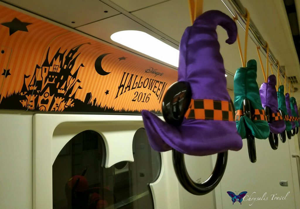 2-disney-resort-monorail-decorated-for-halloween