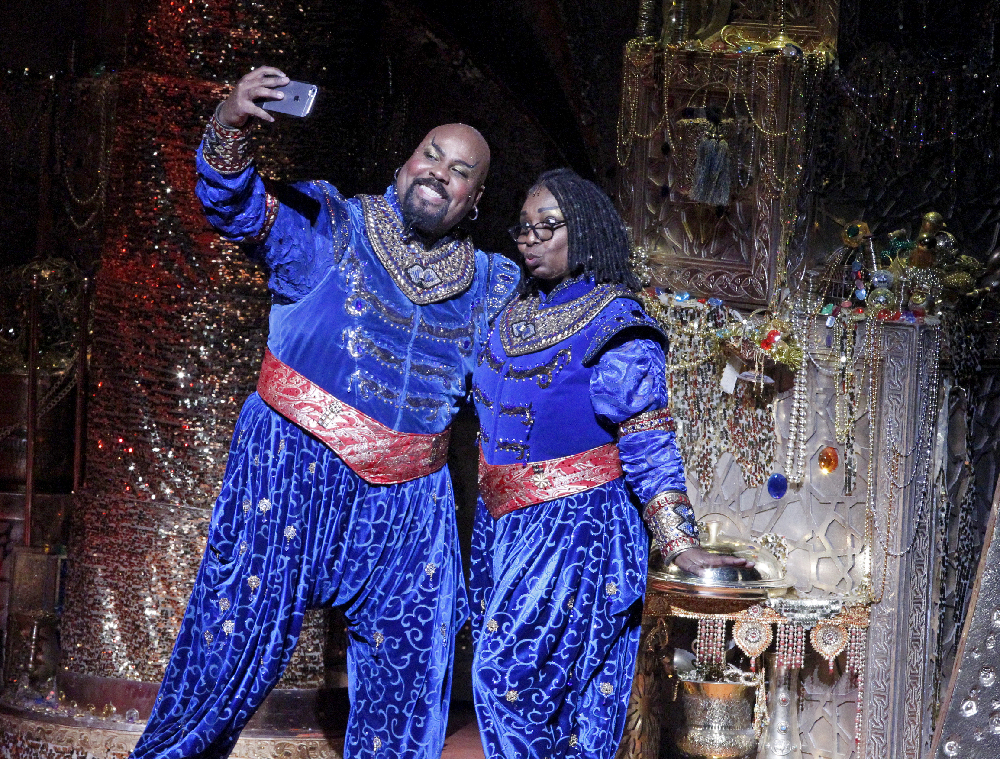 Whoopi Goldberg Surprise Visit to Aladdin Will Appear on The View