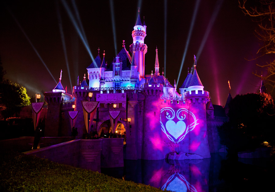 Disneyland Dates for Valentine's Day
