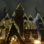 Video: Christmas Returns to The Wizarding World of Harry Potter at Universal Studios Hollywood