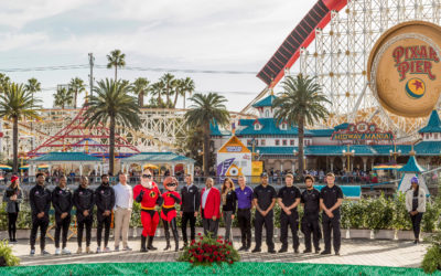 Video: Rose Bowl 2019 Teams Ohio State Buckeyes, Washington Huskies Visit Disneyland Resort