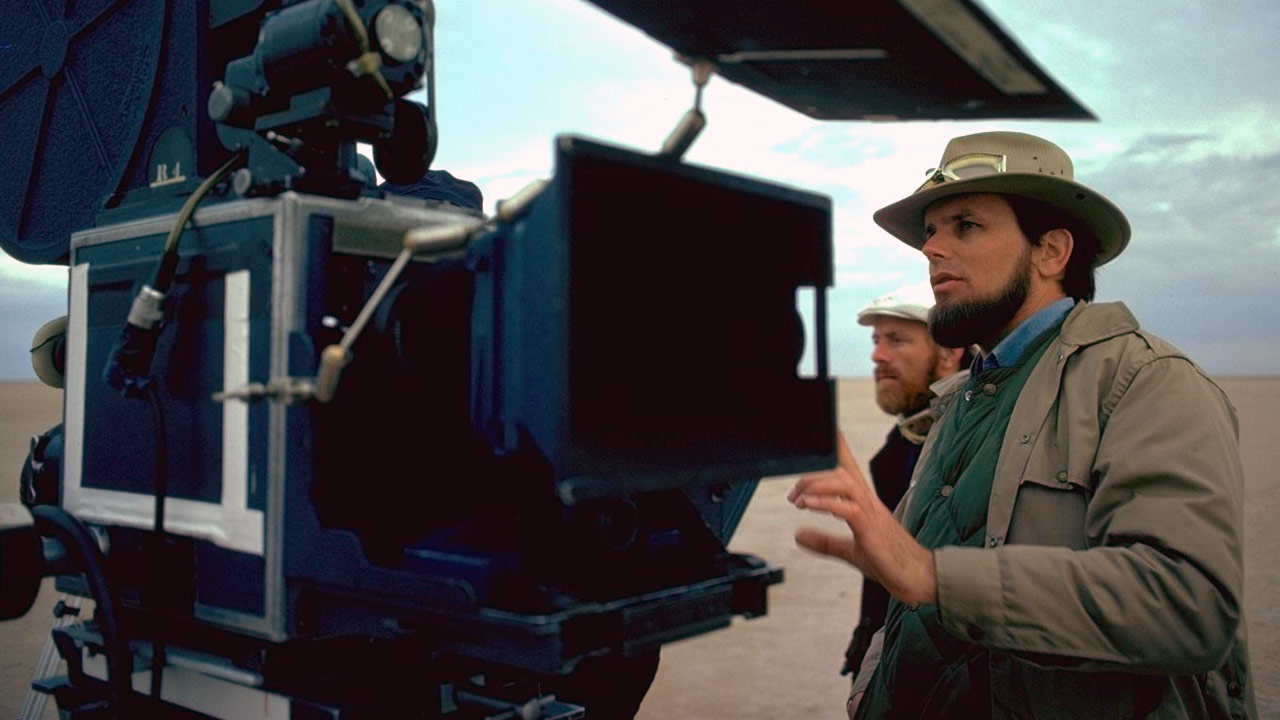 Gary Kurtz on the set of Star Wars: A New Hope.