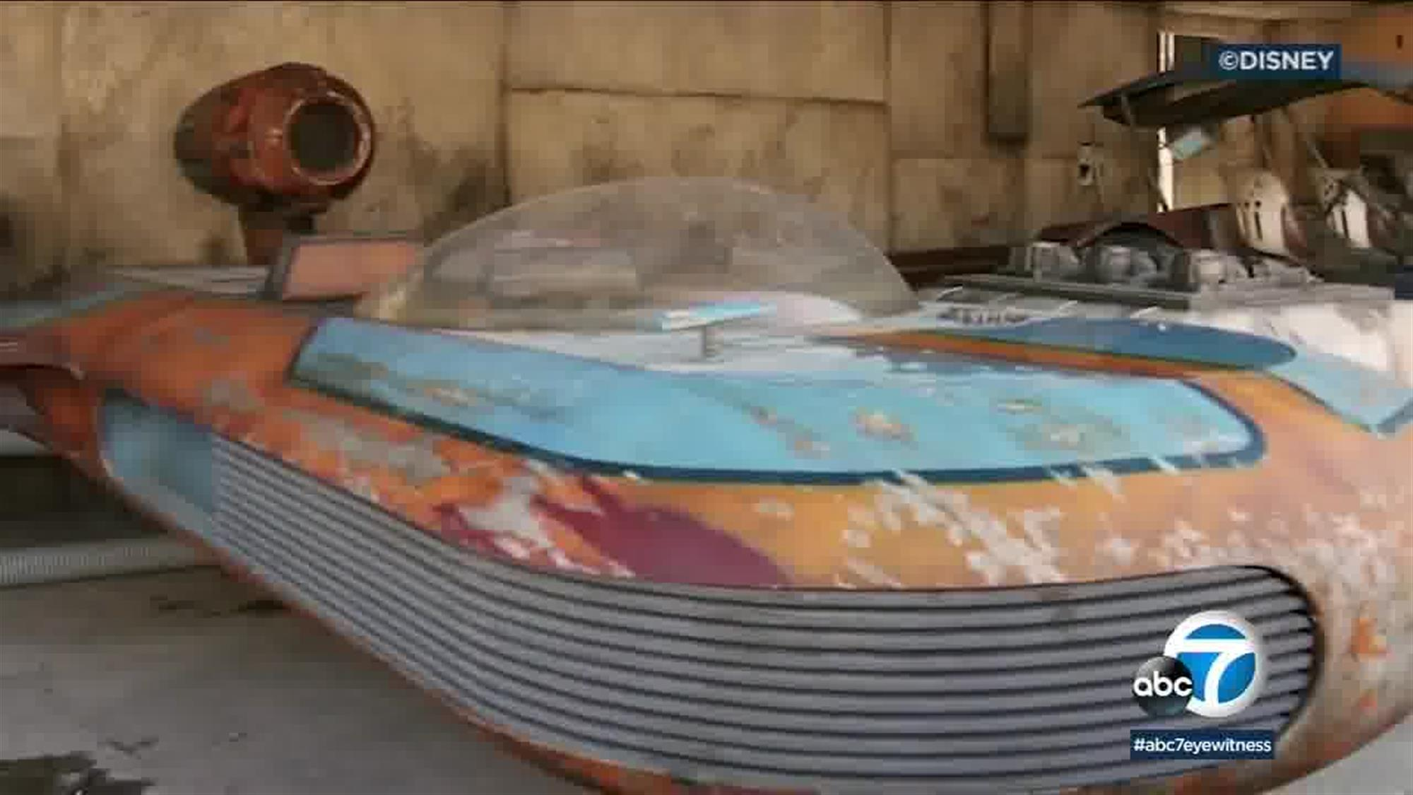 This sure looks like Luke's X-34 SoroSuub Landspeeder, meaning it's one of the few vehicles from the original Star Wars trilogy to be built full-scale for Galaxy's Edge. Whether it's meant to represent the same one Luke sold to the Vuvrian Wioslea back on Tatooine (or simply another speeder of the same model) remains to be seen.