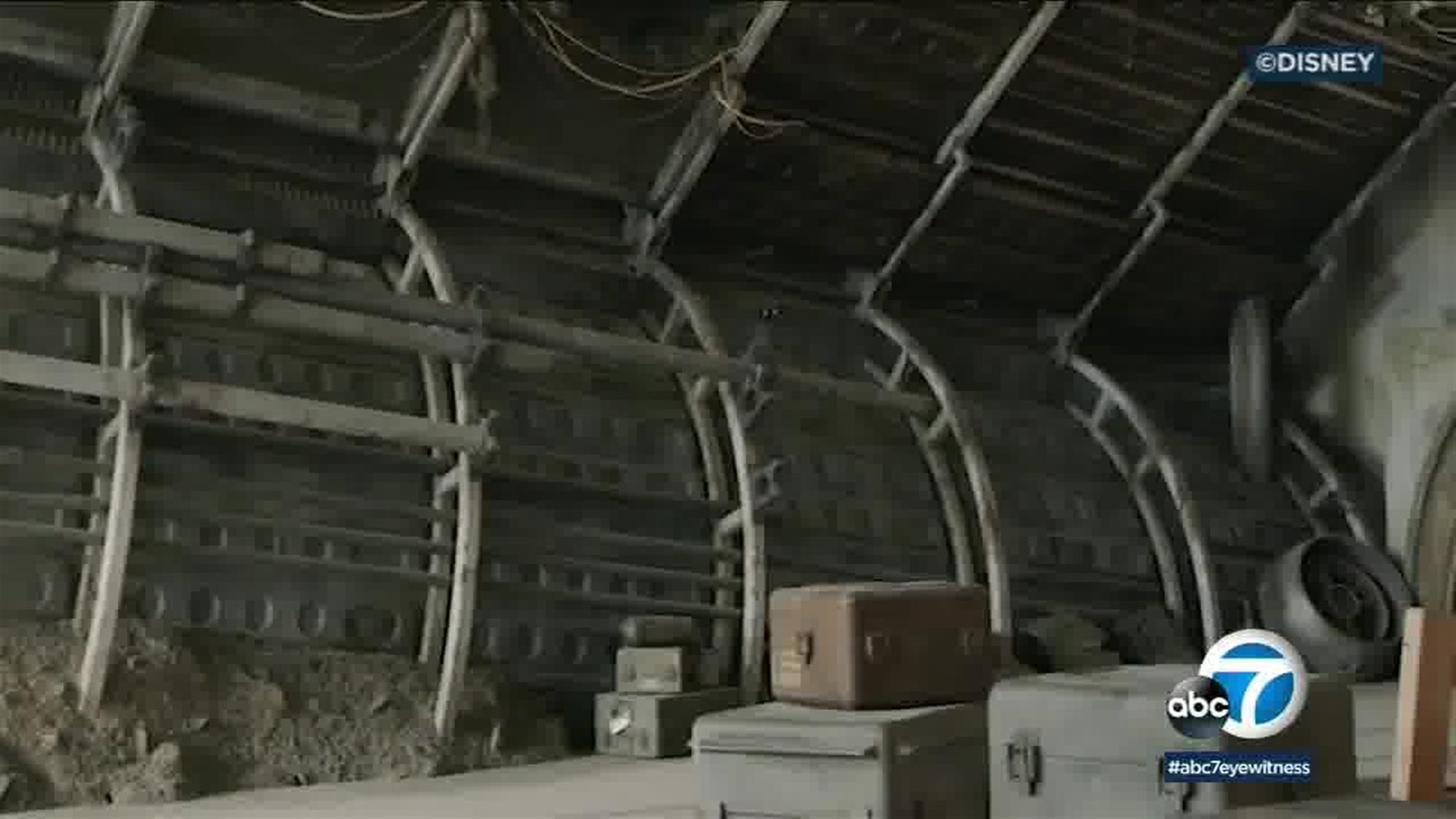 Cargo crates and other discarded engine parts help contribute to the lived-in feeling that Star Wars is so famous for.