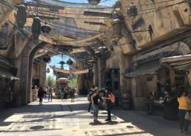 Take a Look Around Star Wars: Galaxy's Edge with an Overview of the New Land