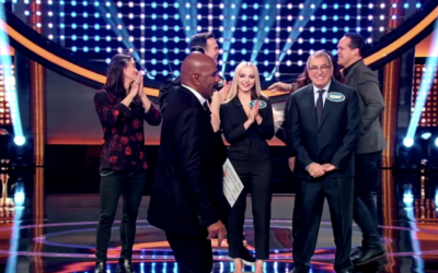 "Cast of ""Descendants 3"" Plays Fast Money On ""Celebrity Family Feud"""