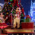 Walt Disney World Announces Ultimate Disney Christmas Package for 2019