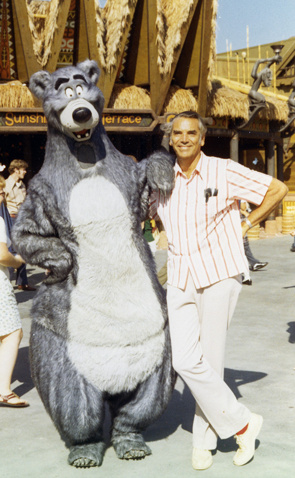 (Claude Coats with Baloo walk-around-character at the Magic Kingdom, Orlando, 1973.)
