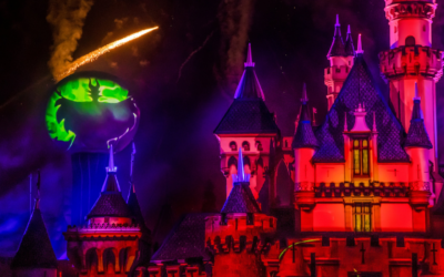 "Video - ""Halloween Screams"" Fireworks Returns on Opening Night of Halloween Time 2019 at Disneyland"