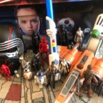 "Video – Unboxing Hasbro's ""Star Wars: The Rise of Skywalker"" Toy Collection"