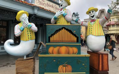 Video/Photos: Halloween Season 2019 Arrives at Disneyland Paris with Shows, Decorations Aplenty