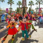 "Video: New ""Mickey's Happy Holidays"" Show Debuts Among Returning Holiday Favorites at Disneyland Resort"
