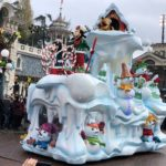 Video/Photos: Christmas Season Arrives at Disneyland Paris with Shows, Characters, Decorations, More