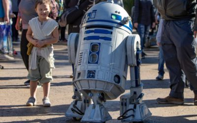 Roaming R2-D2 Confirmed as A Regular Offering at Disneyland's Star Wars: Galaxy's Edge