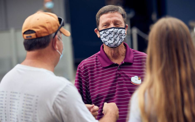 "Universal Orlando Updates Face Covering Policy, Adds ""Actively Eating"" as Only Non-Disability Exception"