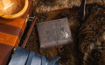 "Exclusive ""The Mandalorian"" Wallet from Entertainment Earth Available for Pre-Order"
