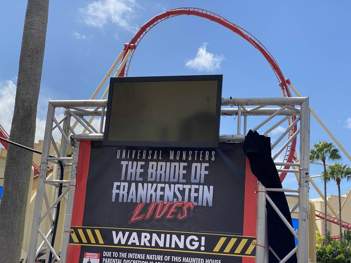Halloween 2020 Review With Spoilers Little Boy Two Halloween Horror Nights Houses Arrive for Day Guests at