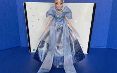 Toy Review: Disney Style Holiday Cinderella 2020 Collector Doll by Hasbro
