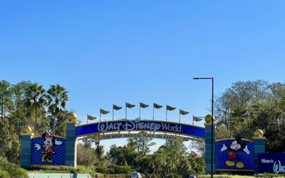 Welcome to Walt Disney World! New Archway Paint Job Complete