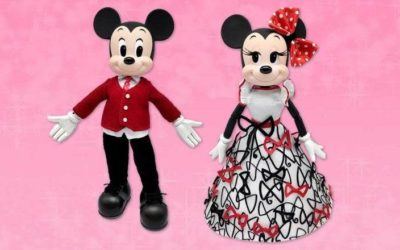 D23 Gold Members Have Early Access to Limited Edition Mickey & Minnie Valentine's Day Doll Set